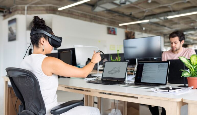 5 Technology Innovations That Make Working Together Possible